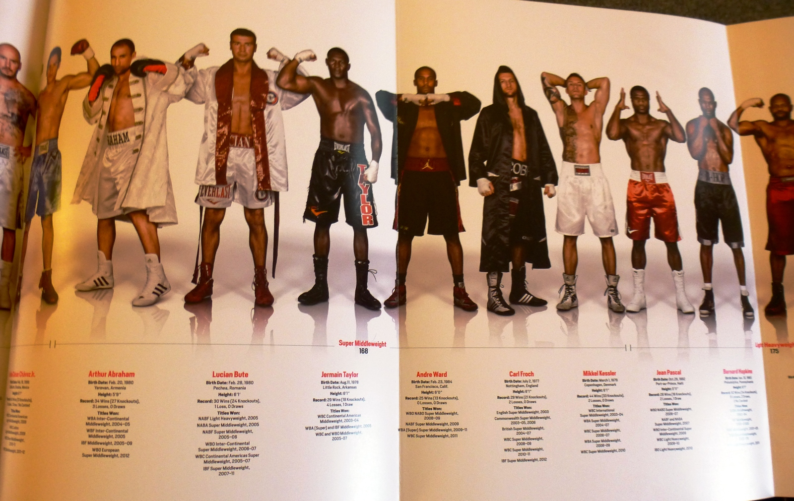 """""""At the Fights"""" Boxing Photography Collection a Treat for Fight Fans"""