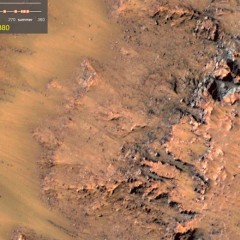 Water on Mars? NASA Photos Suggest Flowing Salt Water on Red Planet