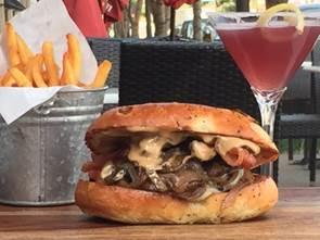 Cafe Deluxe Porter Burger
